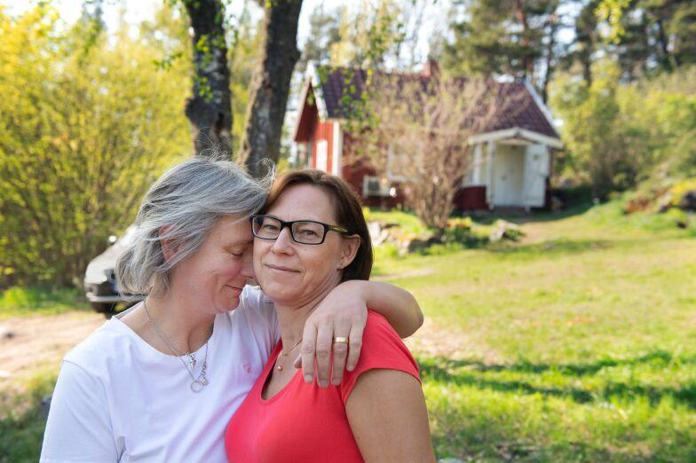 Nafisa Naseri, 37 r i Olofstorp p Bureds Grde 5 A - telefon