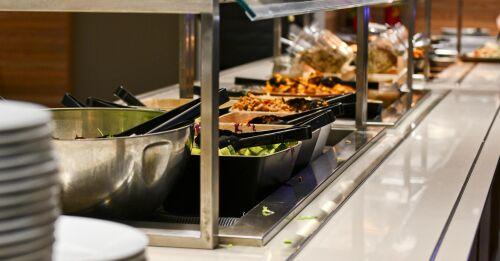 Riksdagens social- och hälsovårdsutskott benar ut restaurangbegränsningar i...