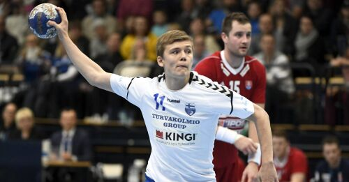 Sex mål av Helander då Alingsås besegrade storklubben Magdeburg